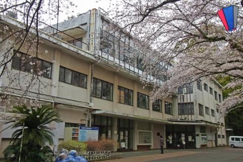 閉館の日の小田原市立図書館