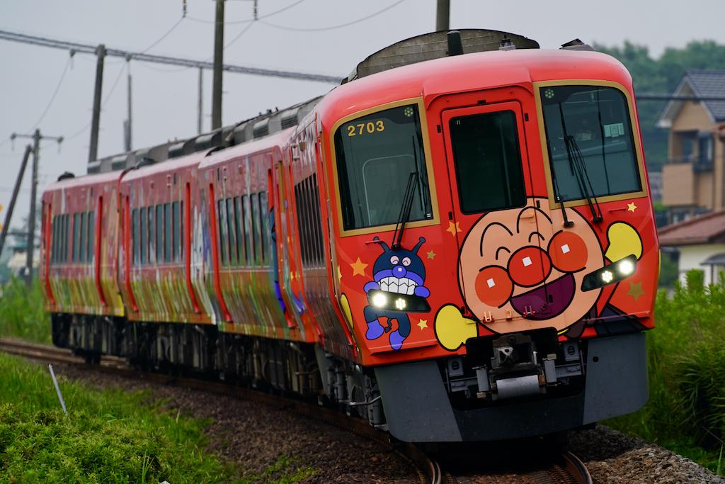 200808 JRS 2703 nanpu anpanman red shioiri
