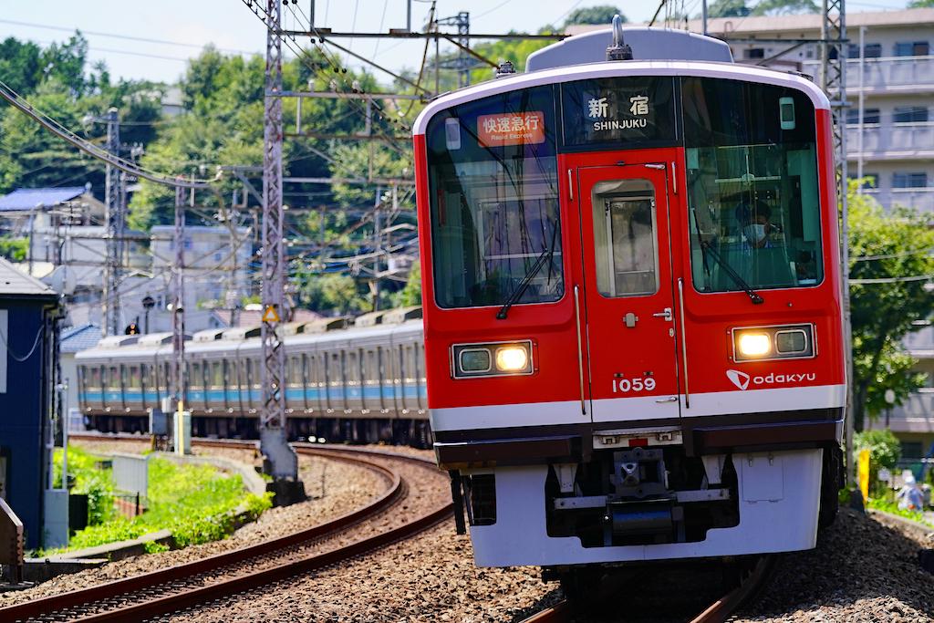 200829 odakyu 1000 red tsurukawa1