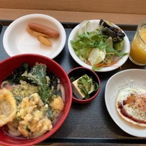 高松中央公園前の朝食