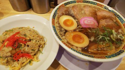 麺達(半ちゃん肉そば)