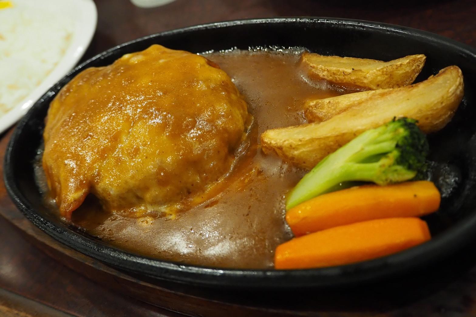 京阪沿線グルメ 京阪滝井駅前 カフェレスト シャルドン チーズベーコンハンバーグ定食