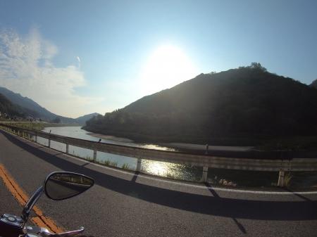 ぴーきちハーレーブログ 青山高原、月ケ瀬キャンプツーリング 国道163号線 木津川