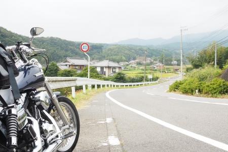 ぴーきちハーレーブログ 青山高原、月ケ瀬キャンプツーリング 県道512号線 伊賀街道