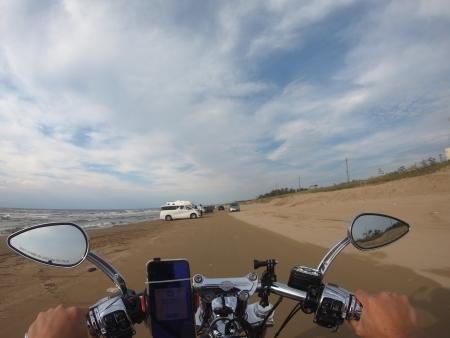ぴーきちハーレーブログ 福井金沢ツーリング 千里浜なぎさドライブウェイ バイクで砂浜を走れる 爽快感