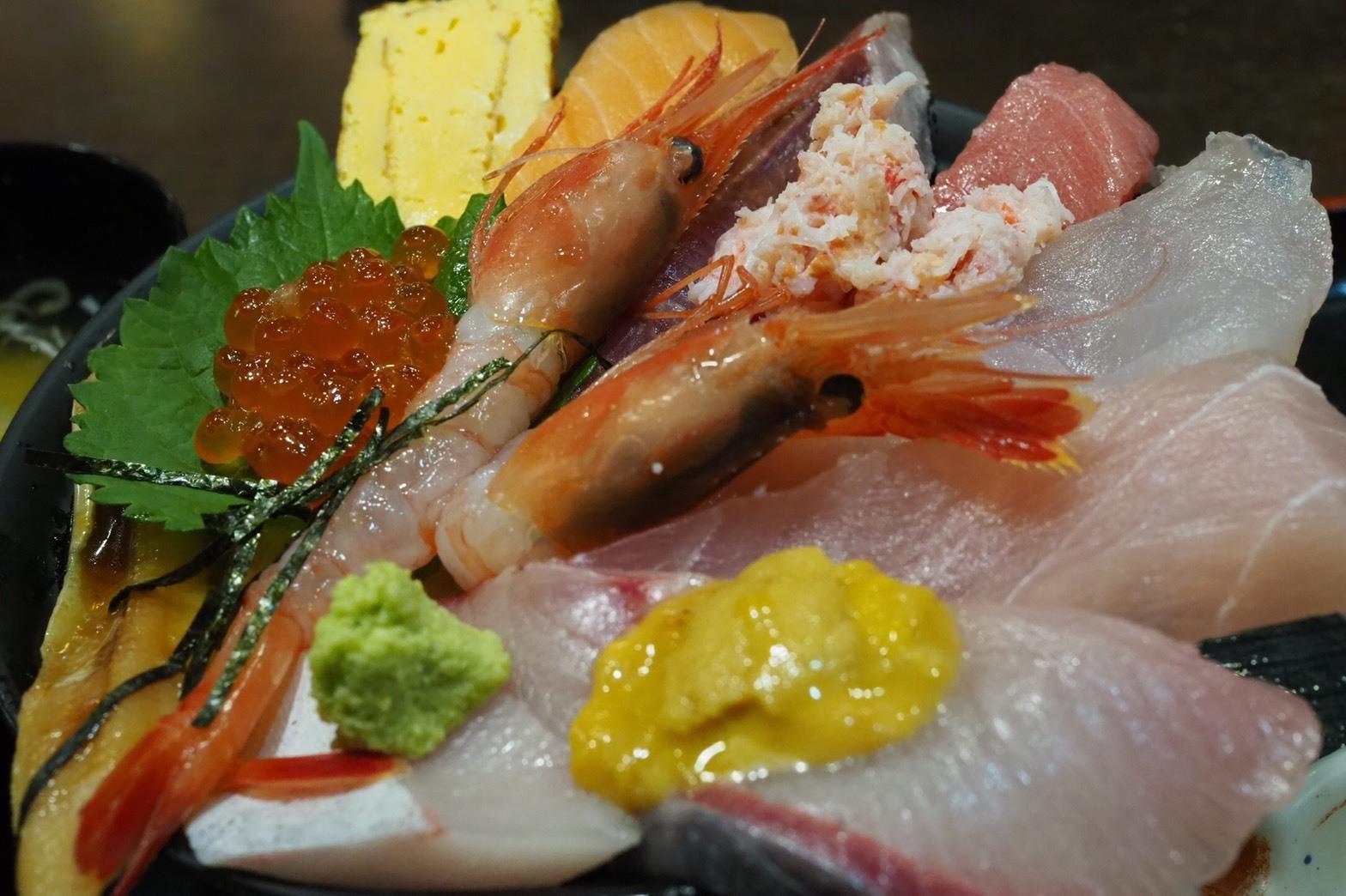 ぴーきちハーレーブログ 福井金沢ツーリング 近江町市場 海鮮丼 華 魚介
