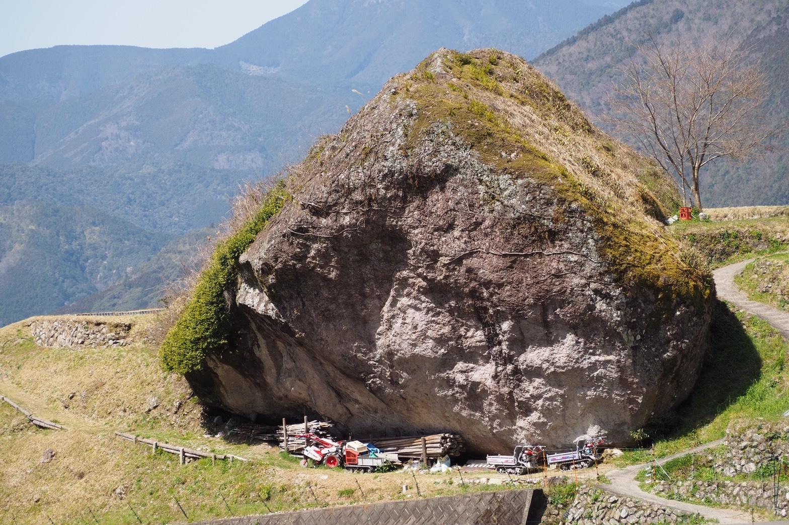 harleydavidson-motorcycle-touring-blog-kumano-mie-maruyama-senmakida-riceterraces-megalith.jpg