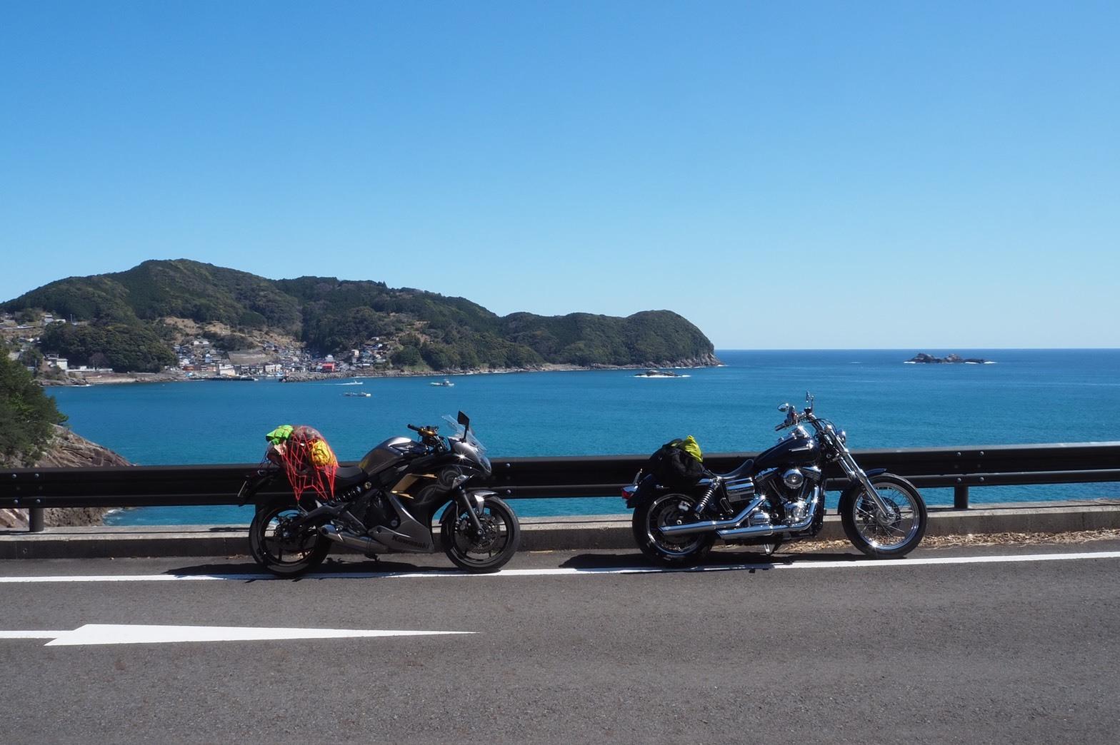 ぴーきち&ダイナ 紀伊半島ツーリング 三重県 熊野市 鬼ヶ城の海沿い