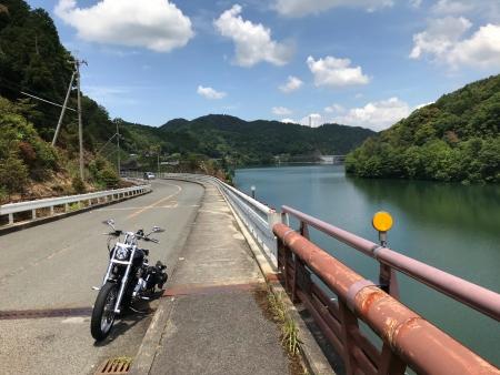 ぴーきち&ダイナ ハーレーブログ 大阪ツーリング 滝畑ダム ダム湖周辺