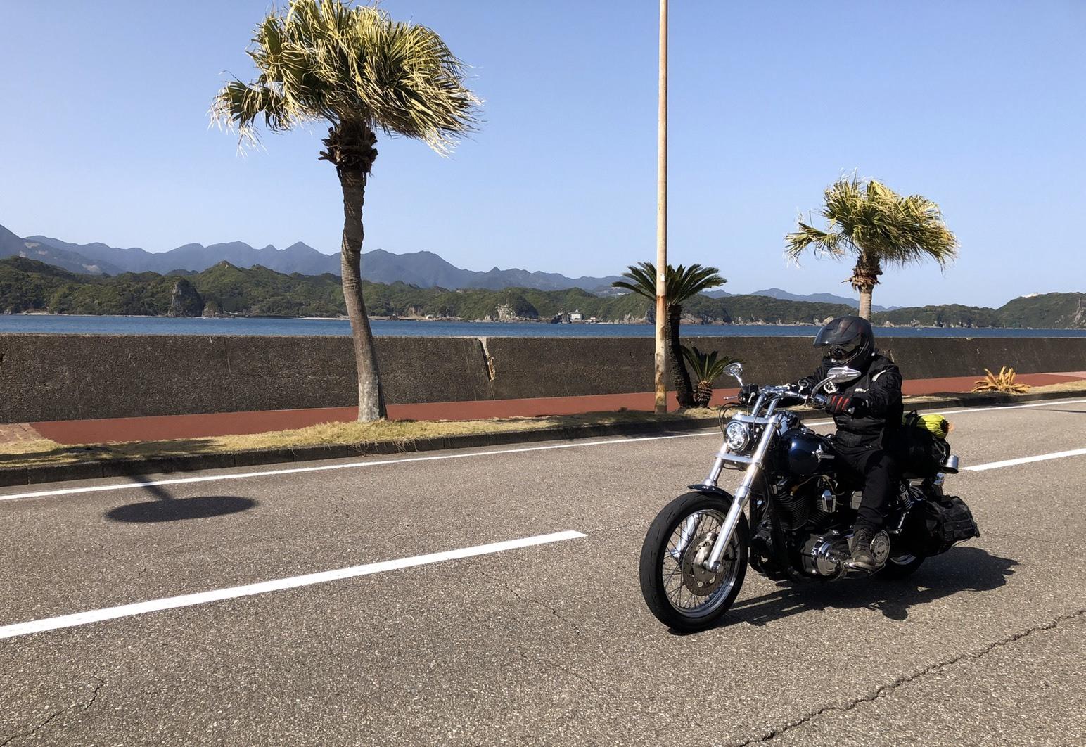 ぴーきち&ダイナ 紀伊半島ツーリング 和歌山県 太地町 海沿い