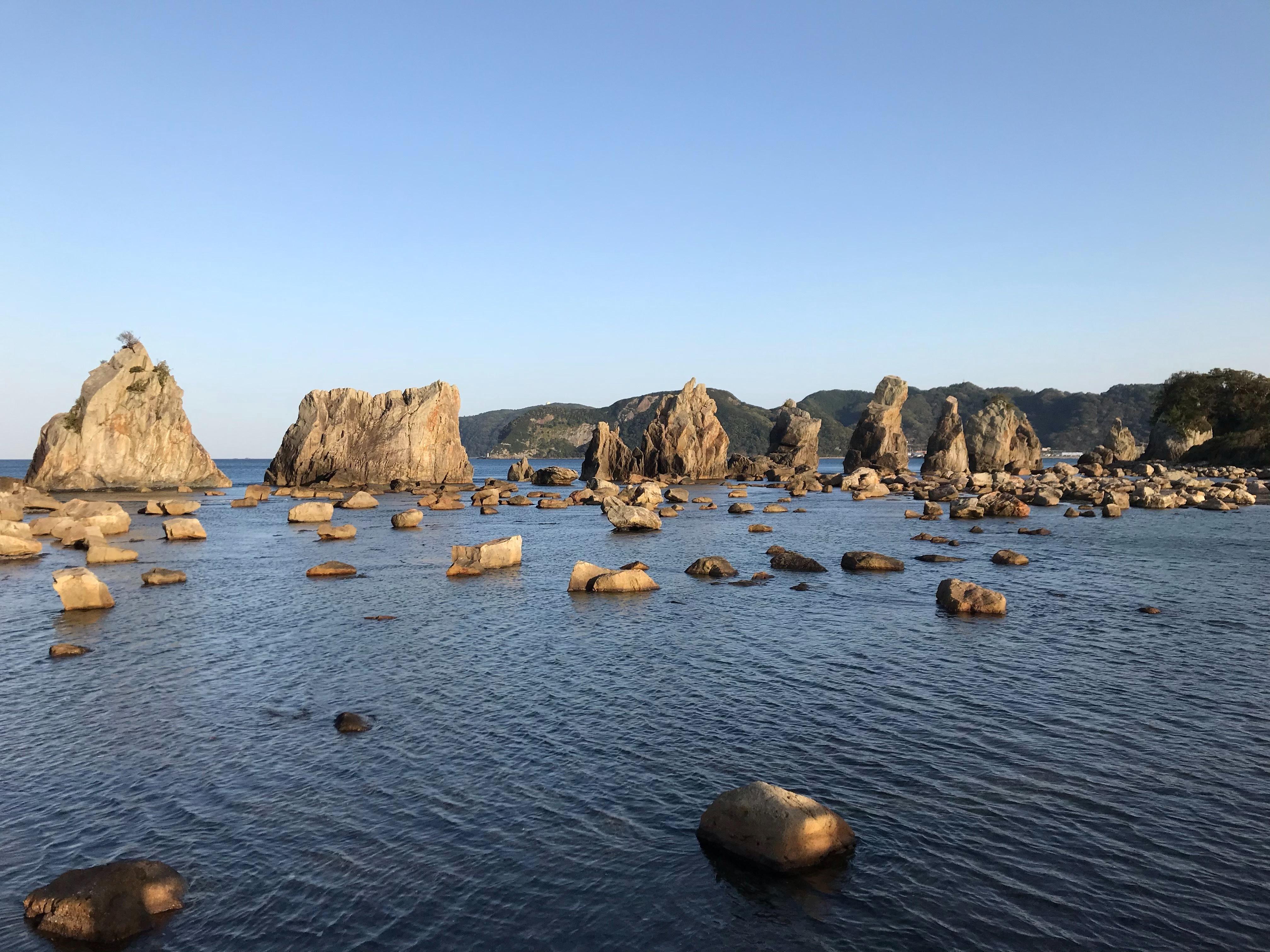 harleydavidson-motorcycle-touring-wakayama-hashiguiiwa-rocks-2.jpg