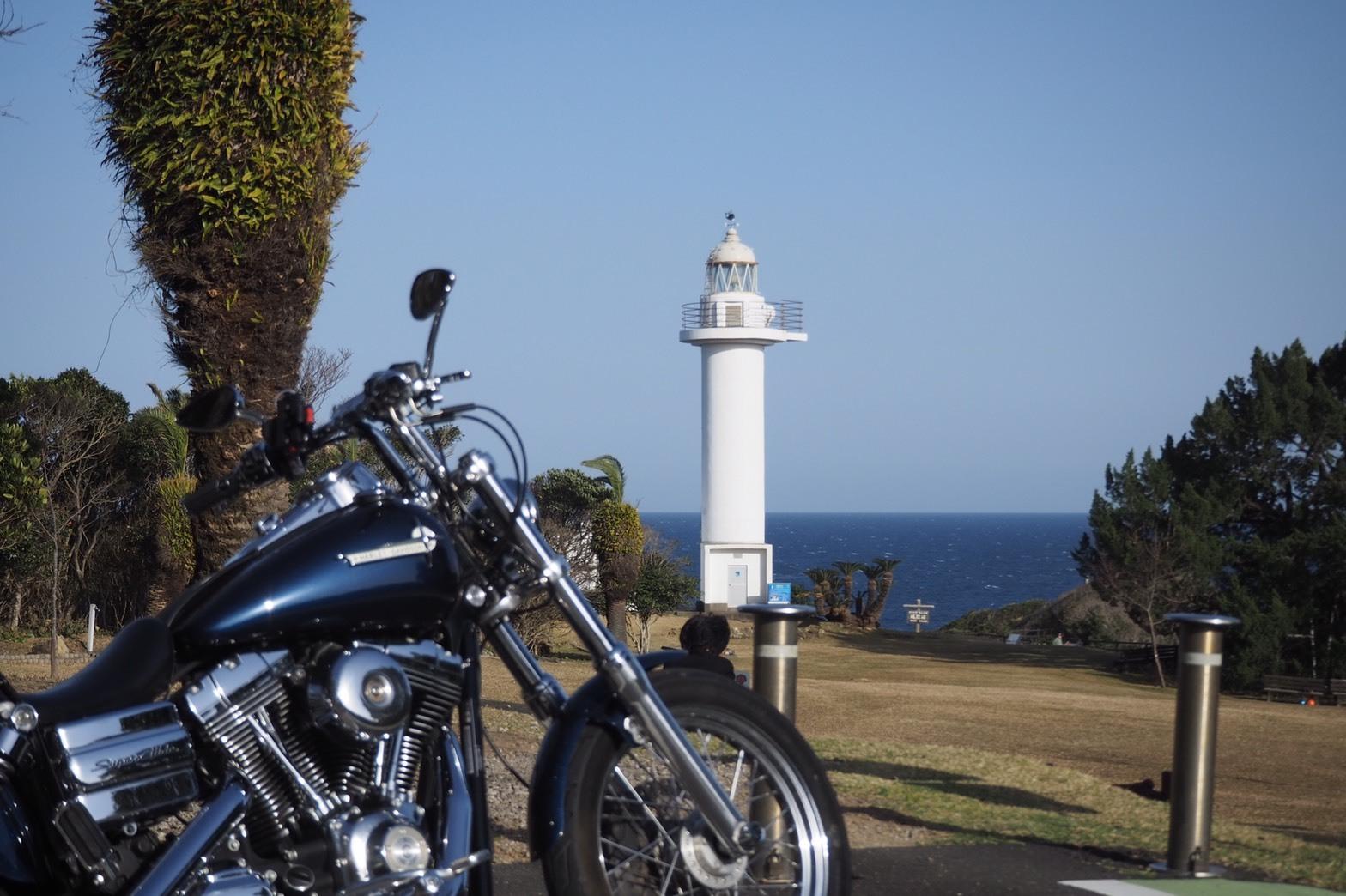 harleydavidson-motorcycle-touring-wakayama-kantorizaki-lighthouse.jpg
