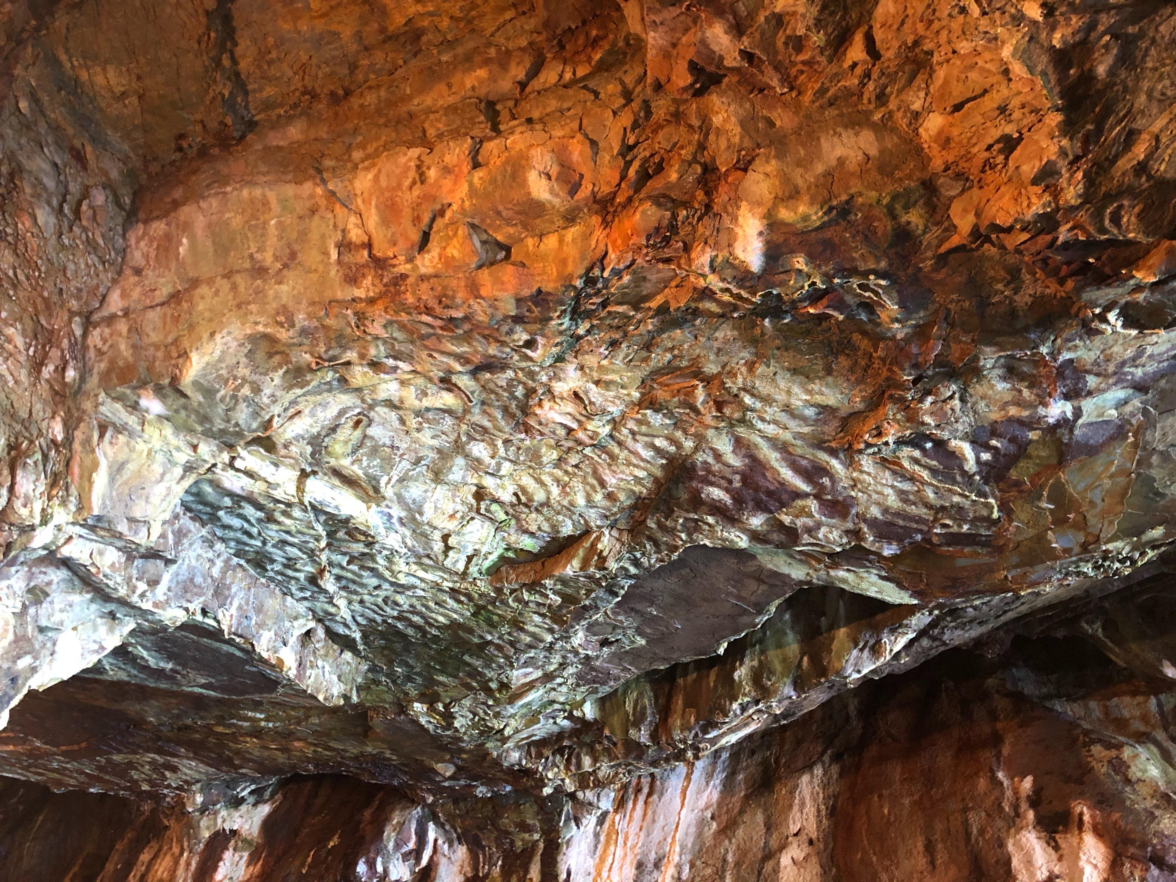 ぴーきち&ダイナ 和歌山南紀白浜ツーリング 三段壁洞窟 蓮痕