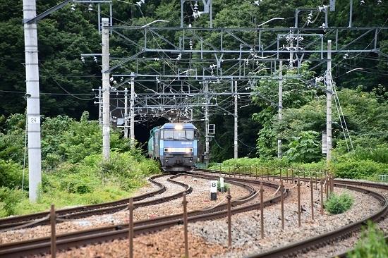 2020年7月18日撮影 坂城貨物5774レ EH200-8号機 トンネルから