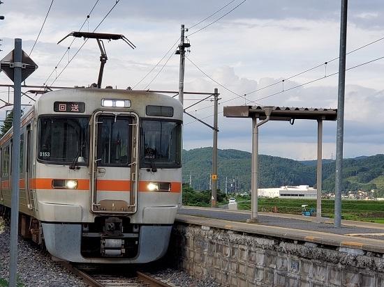 2020年7月29日撮影 伊那新町駅にて 313系1700番台回送