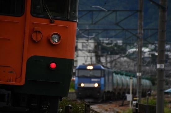 2020年7月18日撮影 しなの鉄道 S25編成 ミニ湘南色とEH200-4号機