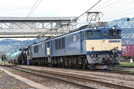 2020年7月12日撮影 南松本にて西線貨物5880レ 連結完了