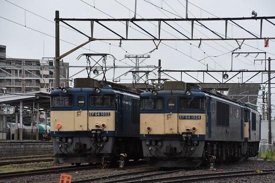 2020年7月18日撮影 南松本にてEF64-1022号機と1024号機の並び