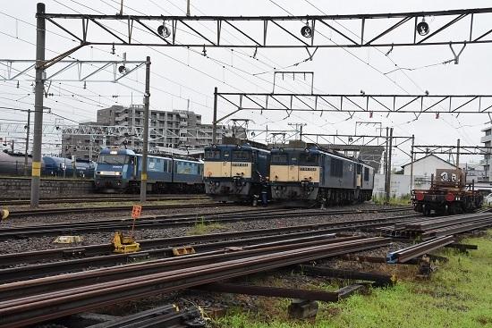 2020年7月18日撮影 南松本にて篠ノ井線8467レと坂城貨物5463レ