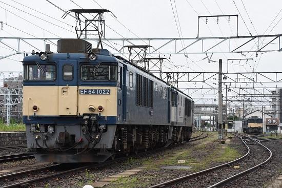2020年7月18日撮影 南松本にて 篠ノ井線8467レ EF64-1022号機