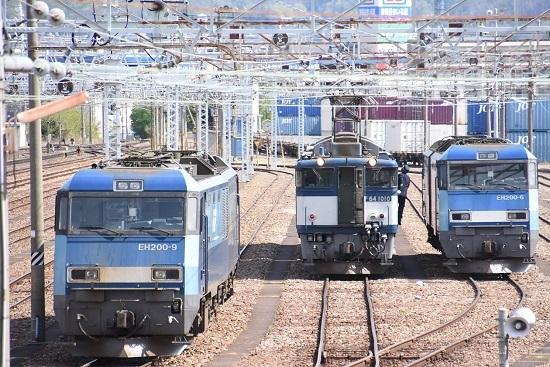 2020年5月5日撮影 南松本にて西線貨物8084レ 貫通扉が開く パンタチェック