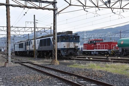 2020年5月6日撮影 南松本にて お休み中のEF64とHD300-9号機