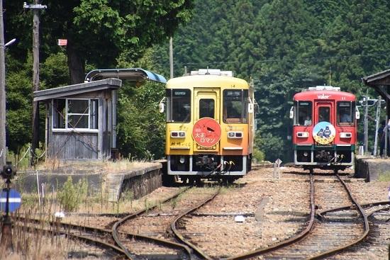 2020年8月30日撮影 明知鉄道 岩村駅にてアケチ14とアケチ12交換