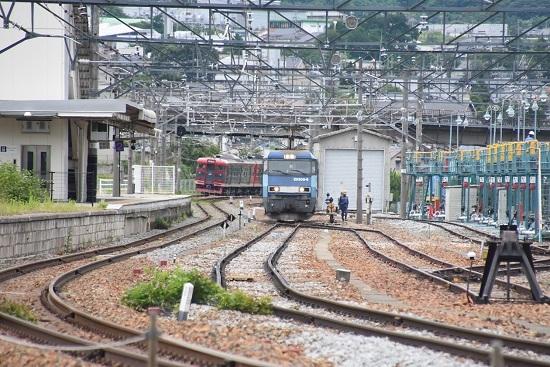 2020年7月18日撮影 坂城貨物5774レ EH200-8号機 貨物線へと移動
