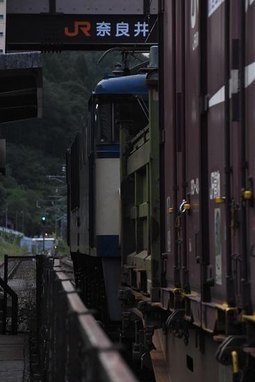 2020年8月30日撮影 西線貨物81レ 後撃ちにて奈良井駅の表示と