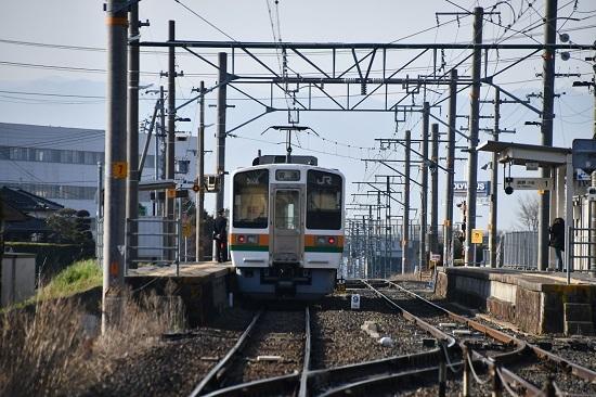 2020年4月4日撮影 飯田線は羽場駅にて213系
