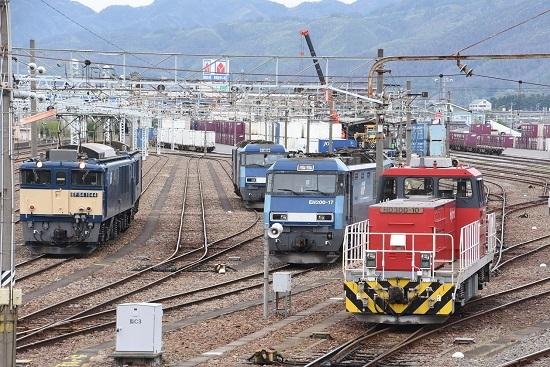 2020年5月9日撮影 南松本にて EF64とEH200とHD300がお休み中