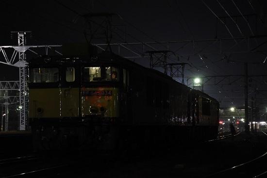 2020年11月21日撮影 南松本にて 篠ノ井線8467レ 発車待ち