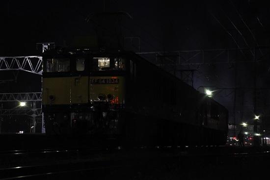 2020年11月21日撮影 南松本にて 篠ノ井線8467レ ローアングルで