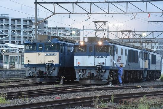 2020年9月12日撮影 南松本にて篠ノ井線8467レ メモ渡し