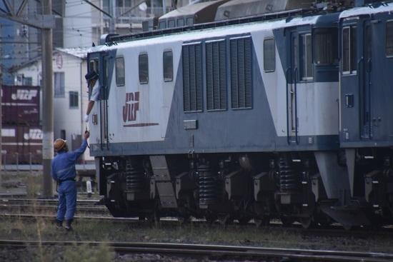 2020年9月12日撮影 南松本にて篠ノ井線8467レ 無線機返却