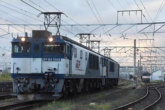 2020年9月12日撮影 南松本にて篠ノ井線8467レ 発車待ち