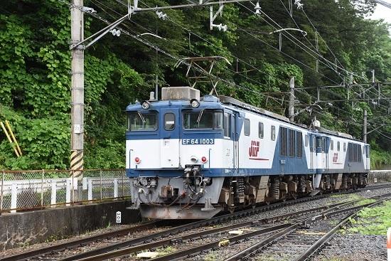 2020年7月25日撮影 篠ノ井線8467レ 姨捨駅に進入するEF64重連を後撃ち