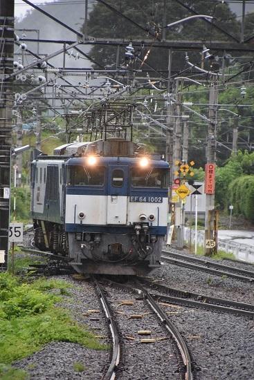 2020年7月25日撮影 篠ノ井線8467レ 姨捨駅引き上げ線から本線へ出るEF64重連