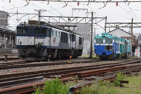 2020年5月17日撮影 南松本にてマルタイとEF64-1013号機