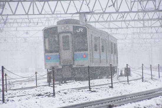 2020年3月14日撮影 塩尻大門にて161M E127系 雪の中