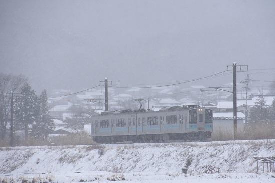2020年3月14日撮影 辰野線 163M E127系 雪が降る中 -1