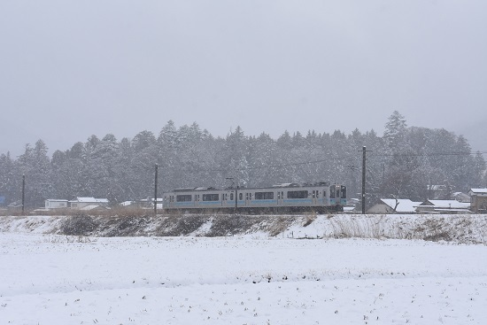 2020年3月14日撮影  辰野線 163M E127系 雪が降る中 -2