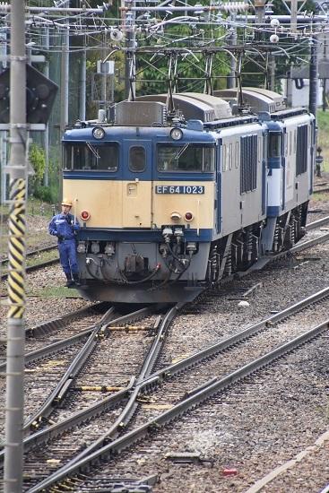 2020年5月23日撮影 南松本にて 西線貨物8084レ EF64-1023号機