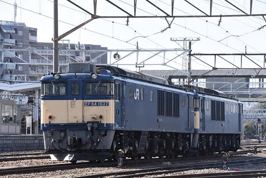 2020年3月21日撮影 南松本にて EF64-1037号機 原色重連