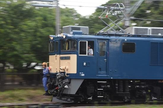 2020年8月1日撮影 南松本にてEF64-1049号機 原色流し撮り