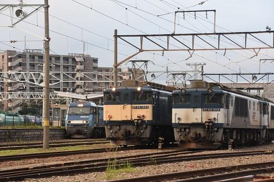 2020年8月1日撮影 南松本にて篠ノ井線8467レと坂城貨物5463レの並び