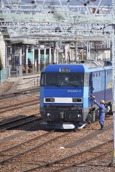 2020年3月21日撮影  南松本にて東線貨物2080レ 無線機渡し