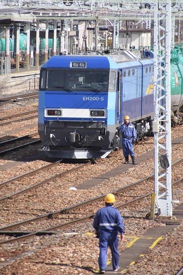 2020年3月21日撮影  南松本にて東線貨物2080レ 機回しを待つEH200-5号機