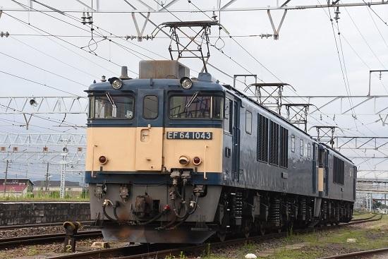 2020年8月1日撮影 南松本にて篠ノ井線8467レ 発車待ち