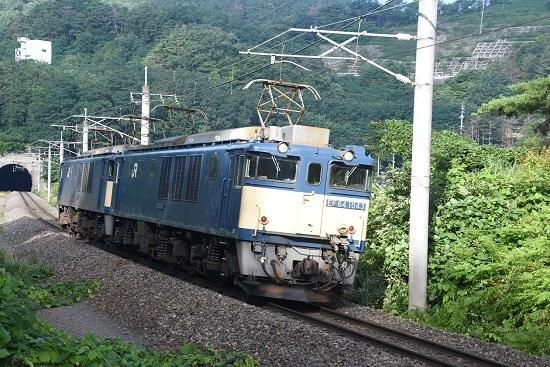2020年8月1日撮影 篠ノ井線8467レ 西条トンネル出口